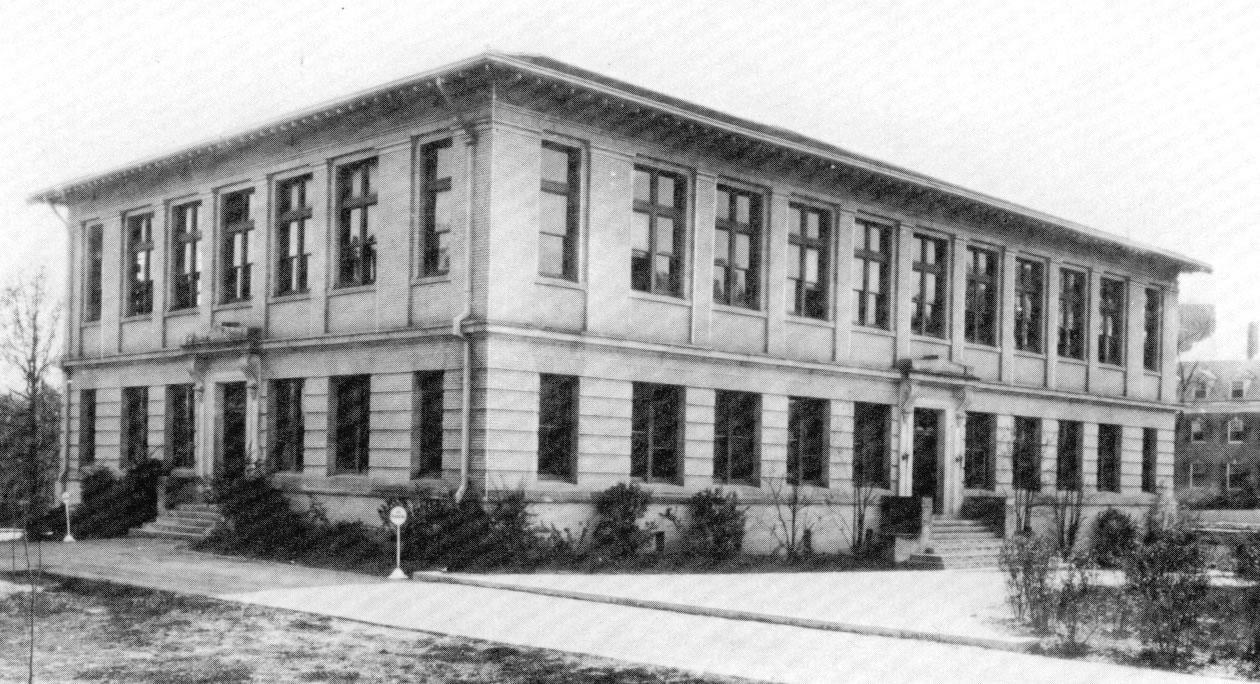 Historical Photo of Peabody Hall