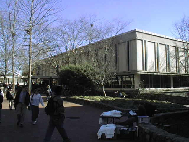 Contemporary Photo of House Undergraduate Library